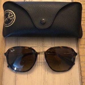 RayBan Sunglasses (Like New!)